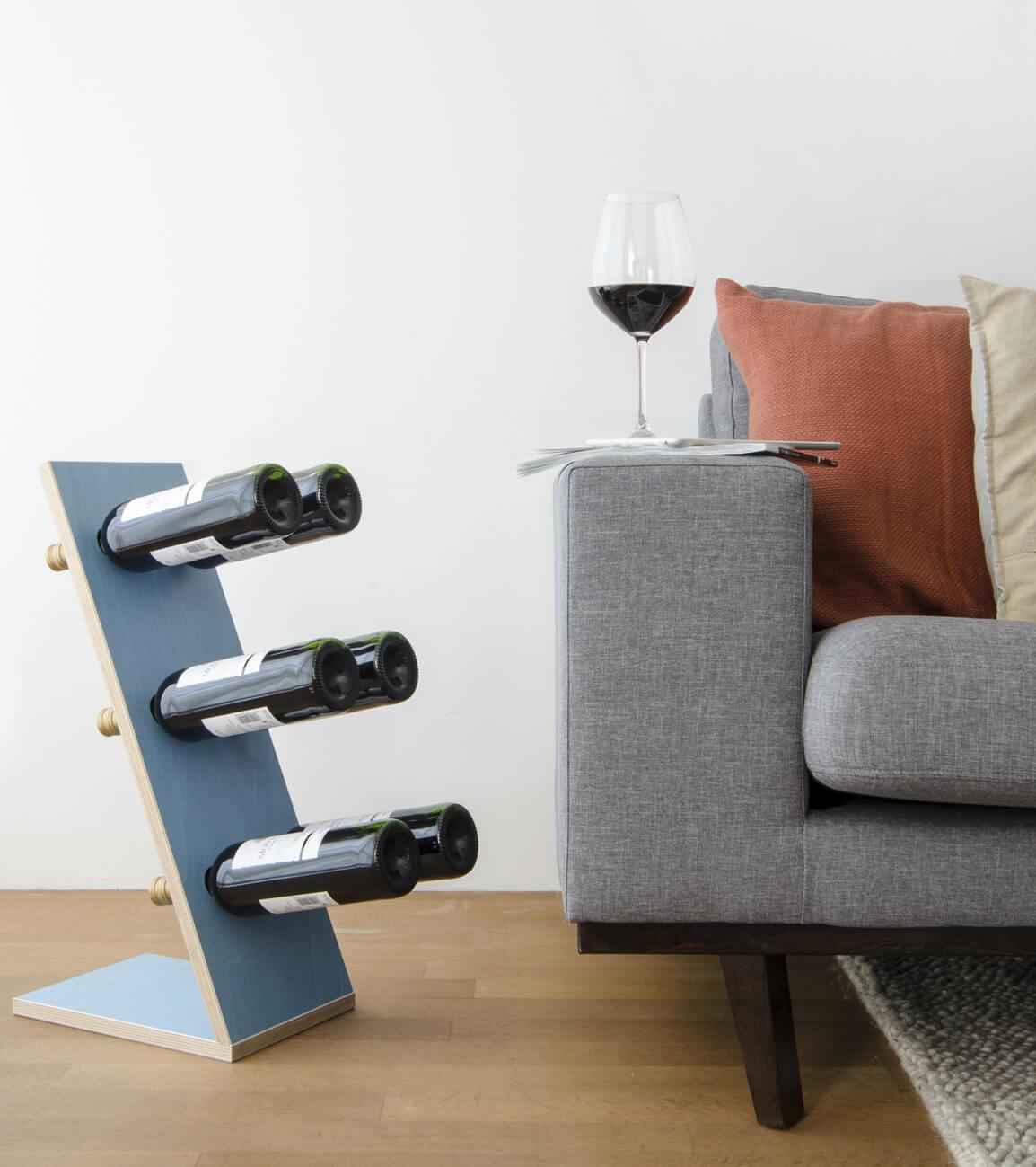 Compact Six Blue Wijnrek Zij/vooraanzicht woonkamer closeup